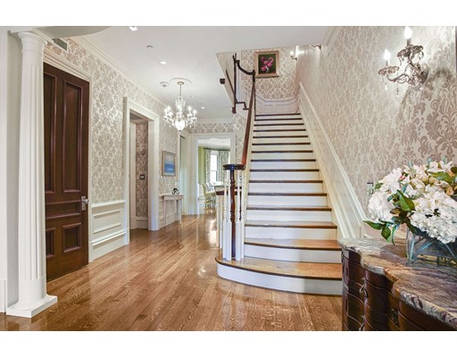 385 Beacon Street, Boston, MA Photo #2