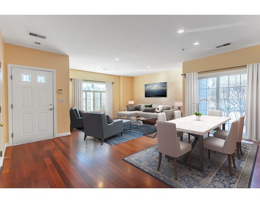 Photo of 91 Village Dr #91, Quincy, MA