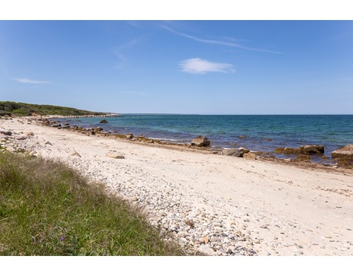44 Forest Rd, West Tisbury, MA Photo #5