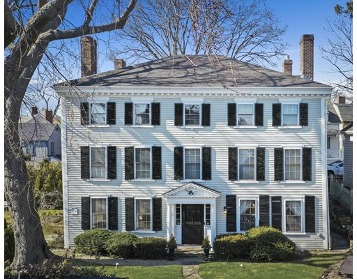 Photo: 96 Front St, Marblehead, MA