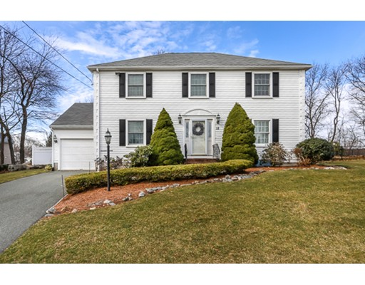 Photo of 18 Wickford Ln, Quincy, MA