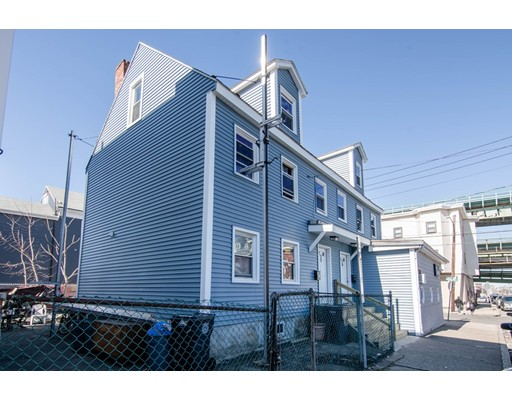 Photo of 32 2Nd St, Chelsea, MA