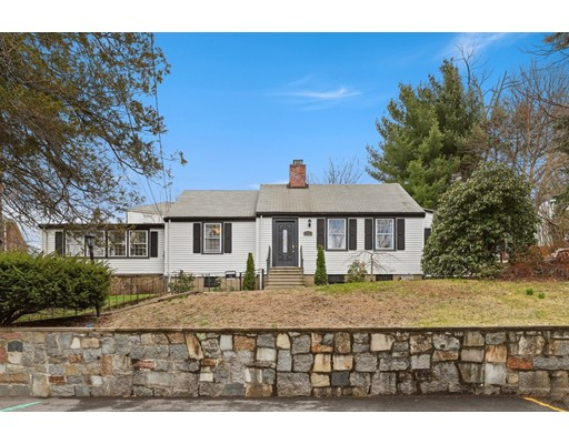 Photo of 10 Forbes Hill Rd, Quincy, MA