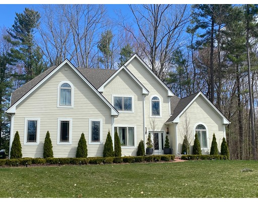 Photo: 12 Indian Pipe Dr, Hadley, MA