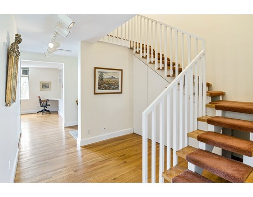 Photo of 24 Bradbury #D, Cambridge, MA