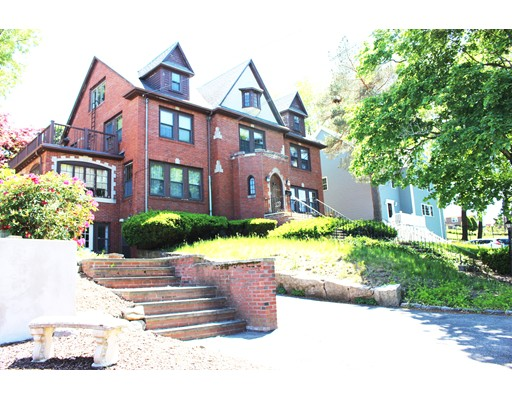 Photo of 120 Hillside Avenue, Quincy, MA