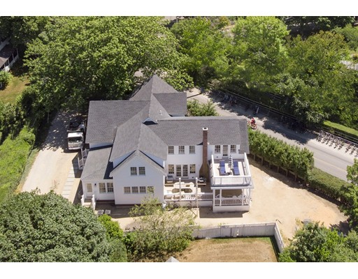 Photo of 40 Peases Point Way N, Edgartown, MA
