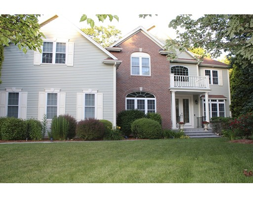 Photo: 15 Oriole Dr, North Attleboro, MA