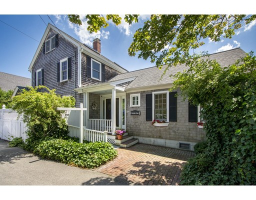 Photo of 185 Downer Avenue, Hingham, MA