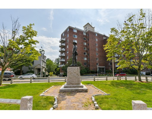 Photo of 14 Concord Avenue #810, Cambridge, MA
