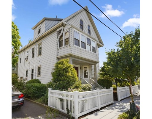 Photo of 460-462 Huron Ave, Cambridge, MA