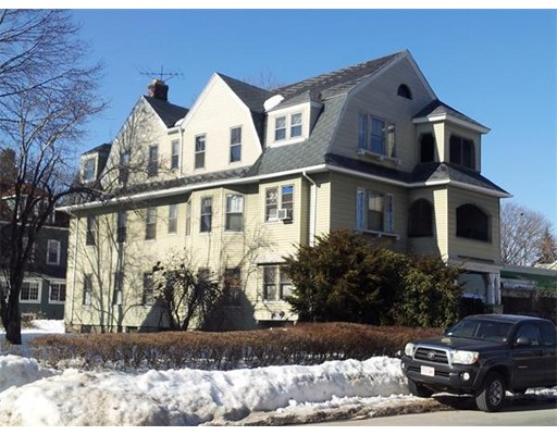Photo: 238 Lincoln St, Worcester, MA