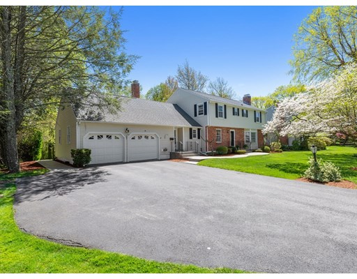Photo: 16 Spring Valley Rd, Worcester, MA
