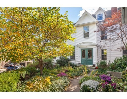 Photo of 18 Spring St, Somerville, MA
