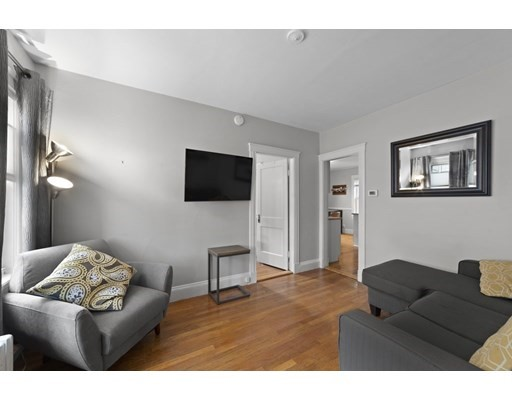 Photo of 44 West St #1, Quincy, MA