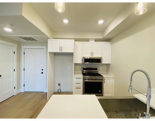 Photo of 305 Webster Ave #301, Cambridge, MA