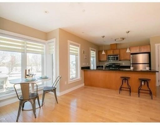 Photo of 54 Bay State Rd #2, Cambridge, MA