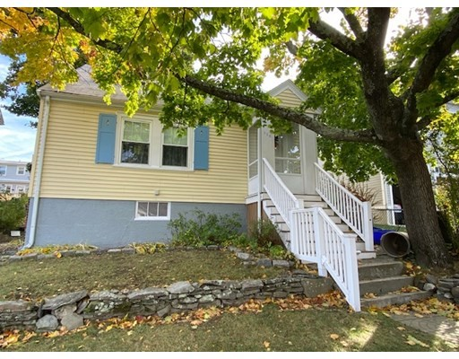 Photo of 116 Mayflower Rd, Quincy, MA