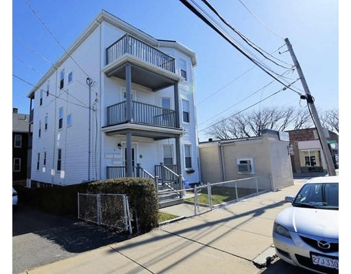 Photo of 69-71 Billings Rd, Quincy, MA
