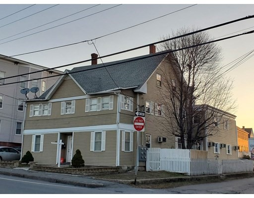 Photo: 166 Central St, Leominster, MA