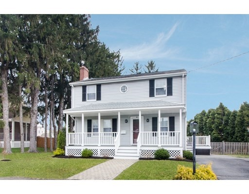 Photo of 43 Paon Blvd, Wakefield, MA