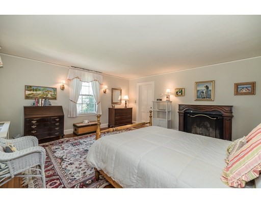 73 Forest St, Manchester, MA Photo #19