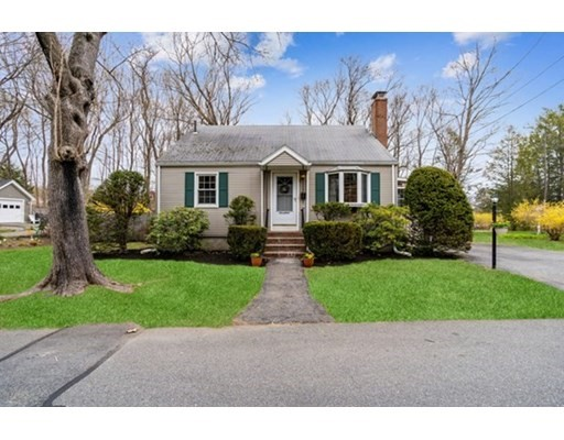 Photo: 17 Cogswell Ave, Beverly, MA