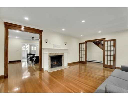 Photo of 922 Furnace Brook Pkwy, Quincy, MA