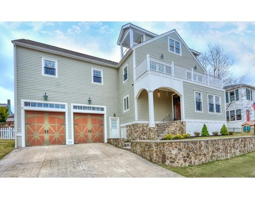 Photo of 122 Mayflower Rd, Quincy, MA