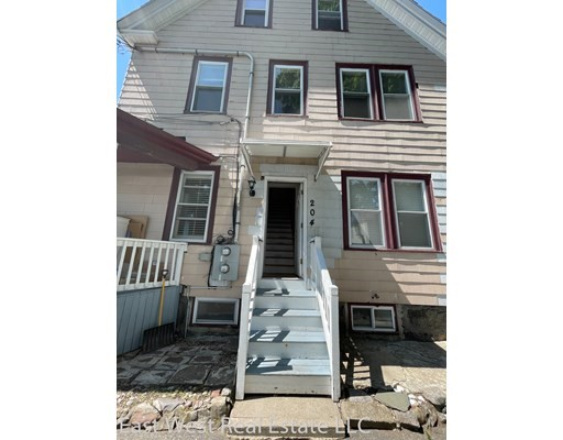 Photo of 204 fayette st #204, Quincy, MA