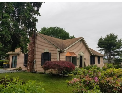 Photo of 845 Lee's River Avenue, Somerset, MA