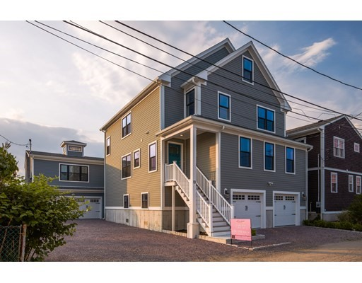 Photo of 8-10 Shoreside Road, Quincy, MA