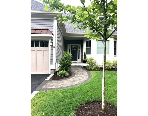 Photo of 37 Woodmere Dr #37, Milton, MA