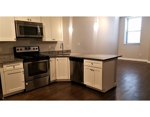 Photo of 10 Merrymount Rd #103, Quincy, MA