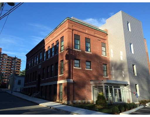 Photo of 10 Merrymount Rd #403, Quincy, MA