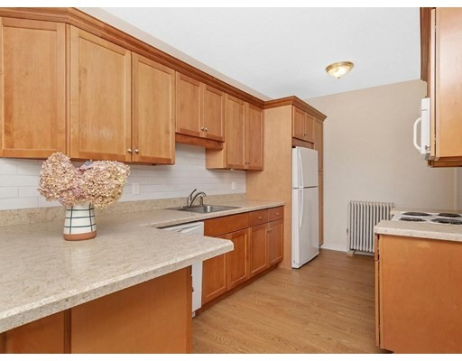 Photo of 86 Phipps St #2, Quincy, MA