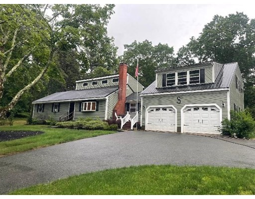 Photo of 116 Plymouth St, Carver, MA